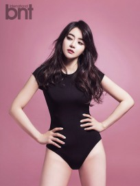 열파참, 서유리 블랙 수영복 수트 입고 당당한 포즈 '육감 섹시란 바로 이런 것'