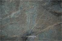 고인돌 덮개돌 측면에 새겨진 여수 오림동 암각화