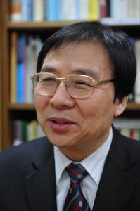 윤성식 연세대 교수