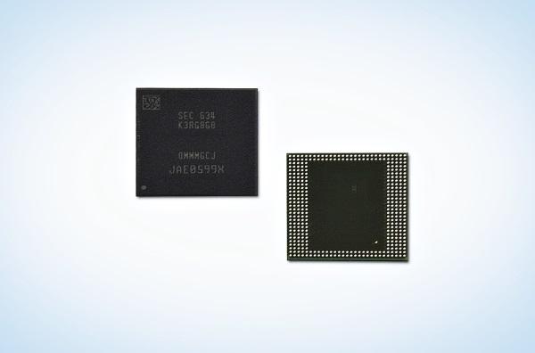 삼성전자가 10나노급 공정기술을 기반으로 16Gb LPDDR4를 양산, 8GB 모바일 D램을  출시했다. 사진=삼성전자