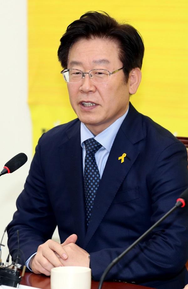 이재명 문재인 반기문 대선후보 선호도  3강 구도