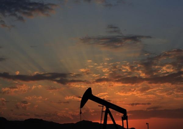 국제유가 50달러 육박 OPEC 감산 합의 임박/ 사진=뉴시스