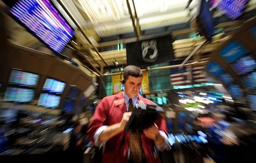 국제유가 달러환율 금시세 원자재값 뉴욕증시 다우지수  일제 하락, 트럼프 효과때문 이라는데... 대체 무슨 사연? 사진=뉴시스