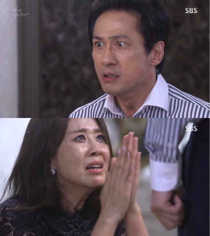 지난 12일 밤 방송된 SBS 주말드라마 언니는 살아있다 36회에서 이계화(양정아)는 민들레(장서희)를 쫓아내기 위해 자작폭력극을 벌였다가 되레 자신이 쫓겨나는 반전이 그려졌다. 사진=SBS 방송 캡처