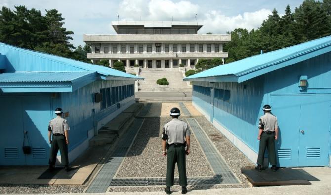 남북 군사분계선을 넘어 귀순하려던 북한군 병사가 북한측 총에 맞아 한국 병원으로 긴급 후송됐다 / 사진=Wikipedia