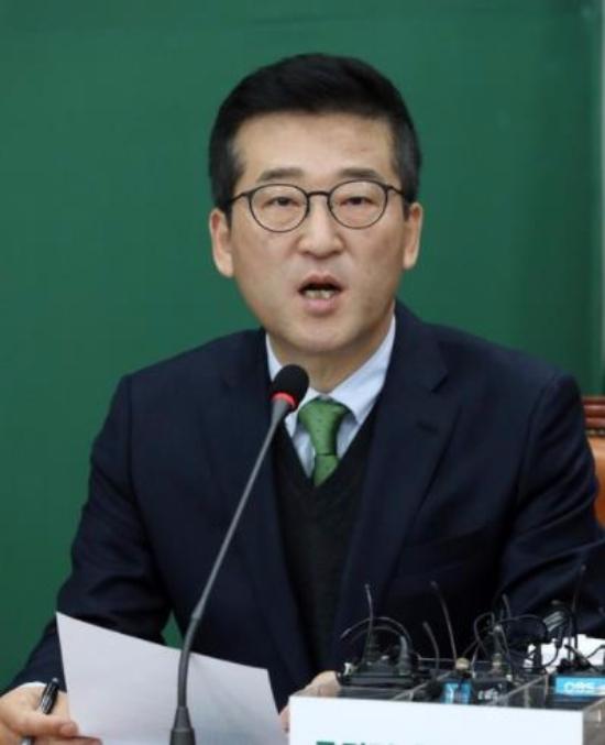 최명길 의원이 5일 벌금 200만원이 확정되며 의원직을 상실했다. 국민의당 의석수는 40석에서 39석으로 줄었다. 사진=뉴시스