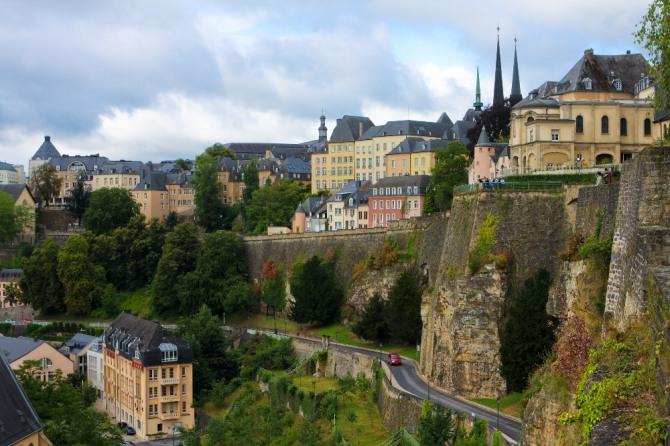 룩셈부르크의 수도 룩셈부르크시(市) 유럽 금융 허브 중 하나인 룩셈부르크는 비록 소국이지만 물가가 싸고 부유한 강소국이다. 자료=글로벌이코노믹