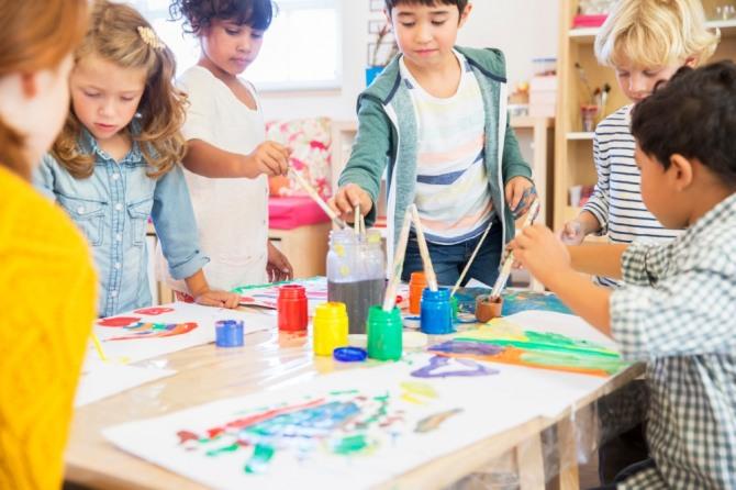 도덕교육은 일반 교과교육과는 다른 방법으로 진행되어야 한다. 무엇보다 먼저 교사나 부모에 의한 주입식 방식으로는 효과가 없다는 것을 깨닫고 빨리 토론식으로 바뀌어야 한다. 사진=글로벌이코노믹