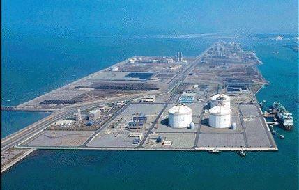 액화천연가스(LNG) 저장 시설.