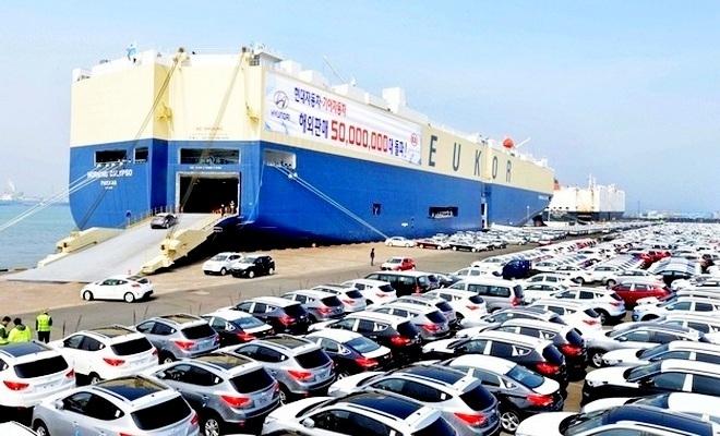 국내 자동차 산업을 활성화 하기 위해서는 해외시장 개척이 시급하다. 현대차 울산 선적부두. 사진=현대차