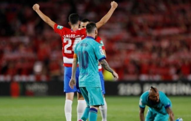 메시가 복귀한 바르셀로나에 0-2의 충격적 패배를 안겨준 그라나다.