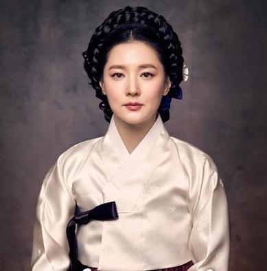 '사임당, 빛의 일기'에 출연중인 탤런트 이영애.