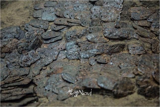 마갑총에서 출토된 가야시대 5세기 아라가야 말갑옷, 함안박물관.