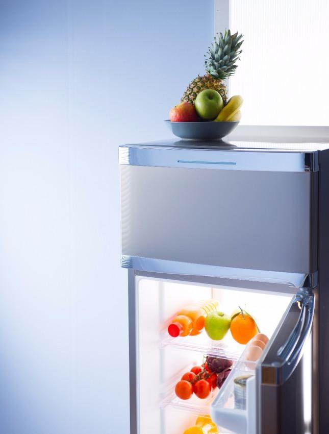 냉장고 안에 갖가지 음식 재료와 과일이 들어 있는 꿈은 재물과 돈이 생기고 먹을 것이 풍족하게 된다는 의미다. 자료=글로벌이코노믹