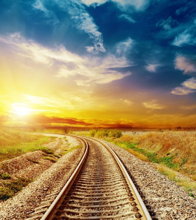 기차나 버스를 타고 가면서 창 밖 풍경을 구경하는 꿈은 이사 또는 직장 이동을 암시한다. 자료=글로벌이코노믹