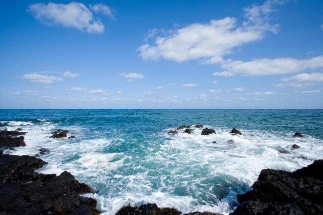바다가 풍랑 없이 호수처럼 잔잔한 모습을 꿈에서 본다면 자신의 인생도 큰 풍파 없이 안정된 삶을 살아 갈 것이라는 것을 암시하는 길몽이다. 자료=글로벌이코노믹
