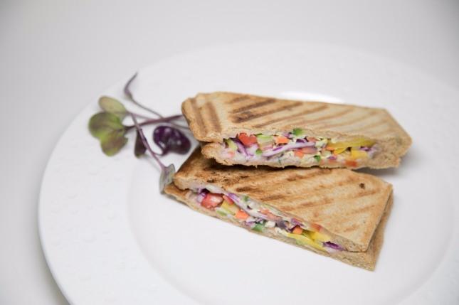 블루베리 야채 샌드위치. 사진=미니쿠치