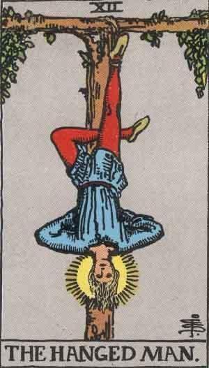 신혜선의 영혼의 카드 12번 매달린 남자이다.