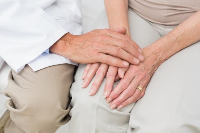 직원들이 모두 노인으로 변하는 꿈은 직장에서 연봉협상이나 기타 다양한 개선해야할 사항들이 산재해 있는 형국을 암시한다. 자료=글로벌이코노믹