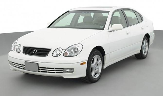 도요타가 생산 중단을 검토하고 있는 렉서스 GS300 모델.